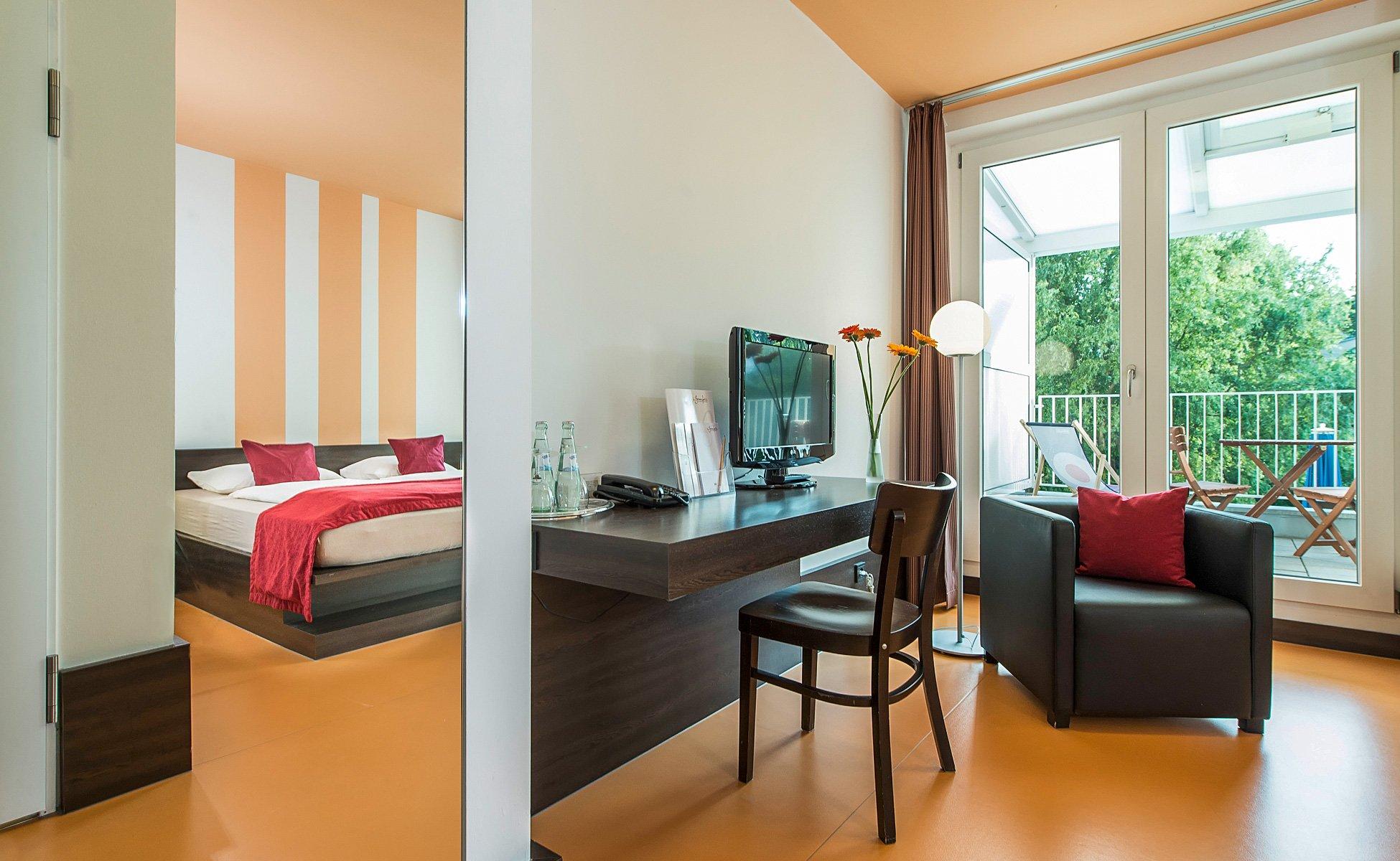 Hotel-Grenzfall Gartenblickzimmer mit Balkon